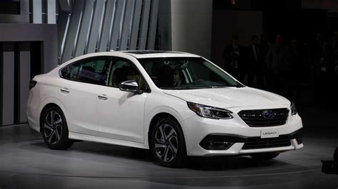 2020 Subaru Legacy Debuts Attractive New Cabin, 260-hp Turbo