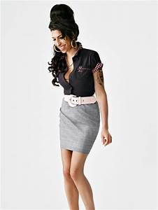 Amy Winehouse in Amy Winehouse models her new Fred Perry ...