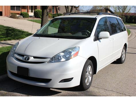 toyota sienna  sale  owner  burlington wi