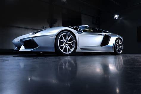 lamborghini aventador roadster price starts