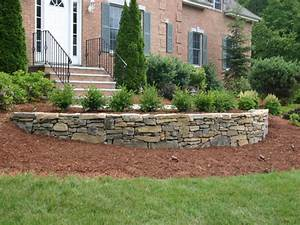 Retaining wall designs ideas landscaping stone retaining for Landscaping ideas for retaining walls