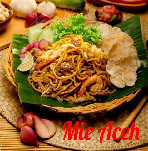 Mie aceh tumis ini adalah jenis mie yang paling sering dihidangkan pada saat anda memesan mie di aceh. Mie Aceh   Resep Masakan Praktis Rumahan Indonesia Sederhana