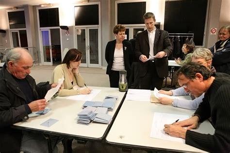 bureaux de vote derri 232 re le vote il y a