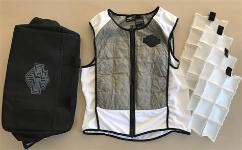 Rider Vest And Bag Keep You Cool