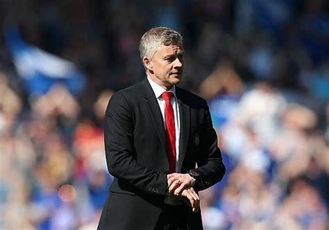 Manchester United News: Red Devils change training ...