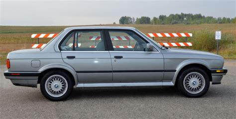 1989 Bmw 325ix Sedan 4-door 2.5l E30 Ix Enthusiast Owned