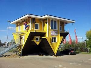 Fassadenfarben Am Haus Sehen : ausflugsziel das verr ckte haus leipzig in leuna g nthersdorf ~ Markanthonyermac.com Haus und Dekorationen