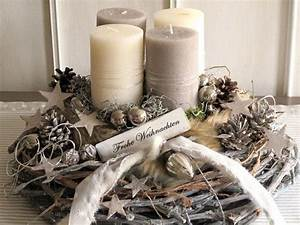 Deko Weihnachten Adventskranz : 25 best ideas about adventskranz deko on pinterest adventskranz diy adventskranz ideen and ~ Markanthonyermac.com Haus und Dekorationen