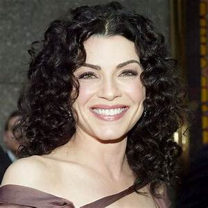 Julianna Margulies's Changing Looks | InStyle.com