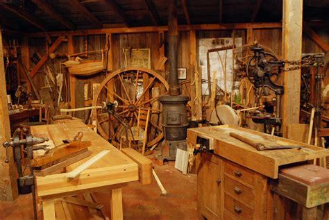 roy underhills workshop   woodwrights shop