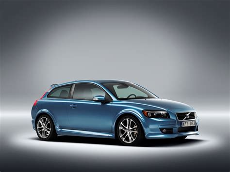 volvo vehicles the new volvo c30 young dynamic people with intense