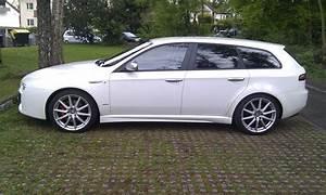 Alfa Romeo 159 Sw Ti : alfa romeo 159 ti sw alfa romeo 159 jtdm ti review johnywheels ~ Medecine-chirurgie-esthetiques.com Avis de Voitures