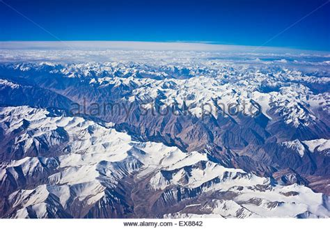 himalayan mountain range stock photos himalayan mountain range stock images alamy