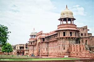 El Taj Mahal de India [No vayas a visitarlo este día]