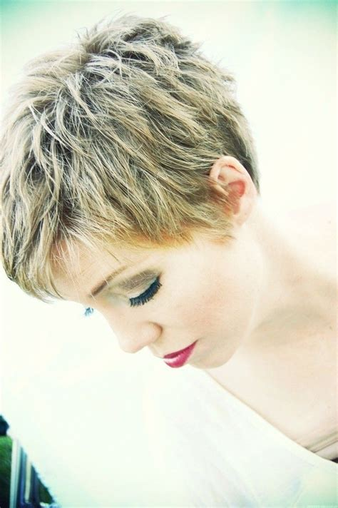 layered short hairstyles  haircuts  trends