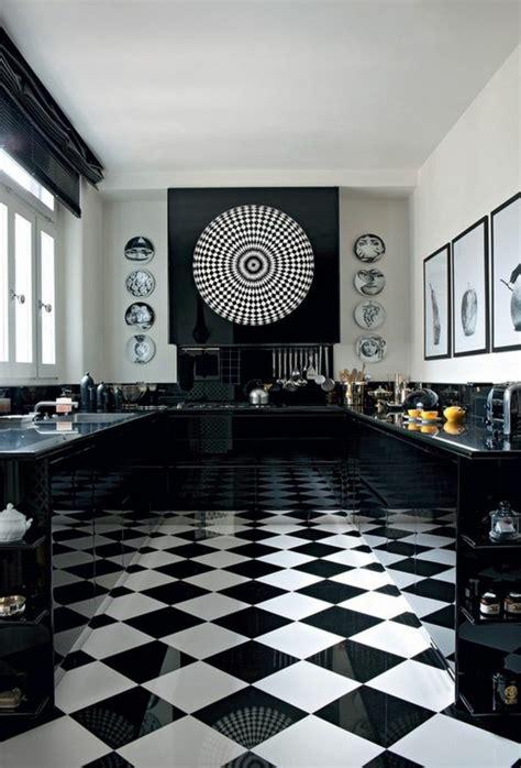 carrelage cuisine noir le carrelage damier noir et blanc en 78 photos archzine fr