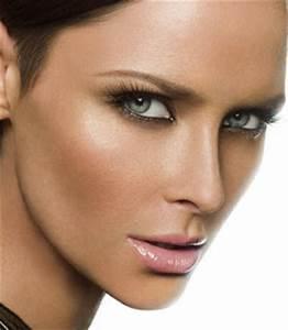 Maquillage Mariage Yeux Vert : maquillage mariage naturel yeux bleus ~ Nature-et-papiers.com Idées de Décoration