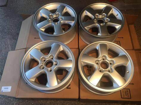 jeep wj jeep grand cherokee overland rims rogue