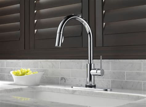 delta  dst trinsic single handle pull  kitchen faucet featuring toucho technology