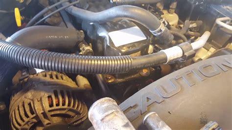 jeep grand cherokee cambio de termostato  tuberia youtube
