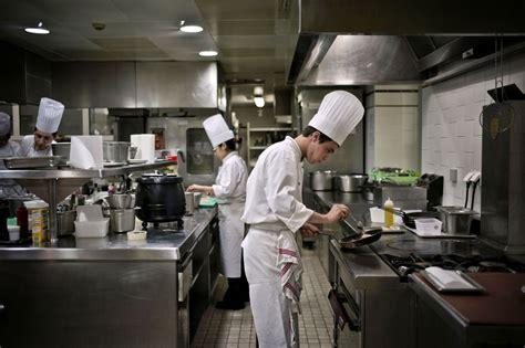 en cuisine podcast manque de personnel dans un restaurant étoilé j 39 en