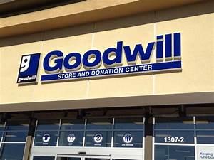 Goodwill Berechnen : goodwill store donation center 11 fotos 15 beitr ge tr dler 1307 sepulveda blvd ~ Themetempest.com Abrechnung