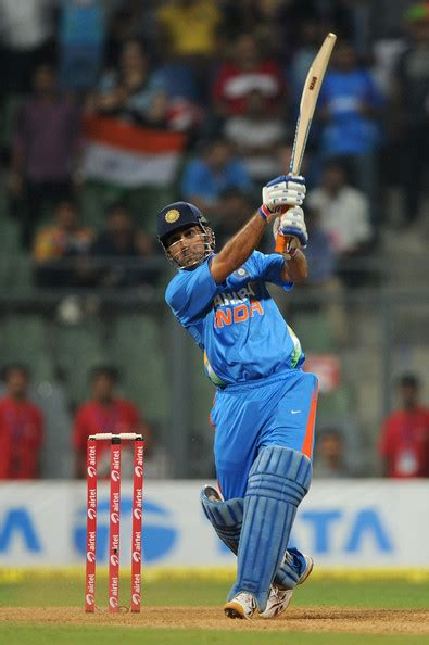 striving  excellence ms dhoni sixers leadership