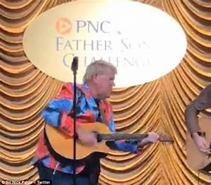 John Daly plays impressive Bob Dylan cover   Daily Mail Online