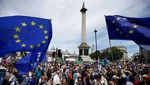Brexit march in London draws thousands of protesters ...