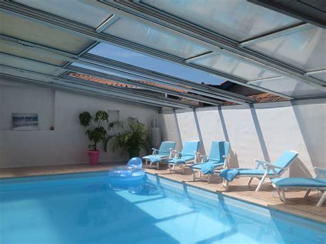 villa moderne biarritz anglet avec piscine chauff 233 e 12 personnes 5 chambres c 244 te basque