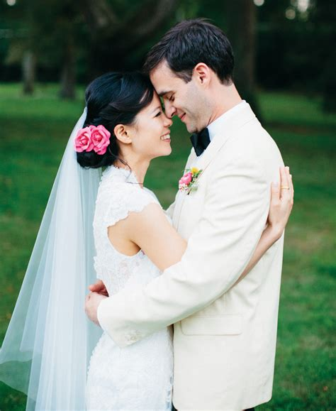 14305 wedding photographers taking pictures it s a snap how to take wedding photos tips from