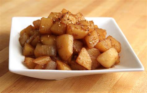 potato side dish recipes potato soy sauce side dish gamjajorim recipe maangchi com