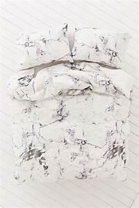 Housse De Couette Effet Marbre : marble duvet cover from urban outfitters decoist ~ Melissatoandfro.com Idées de Décoration