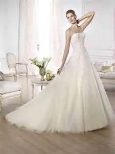 brautkleider aus tã ll a line hochzeitskleid aus tüll mit guipure spitze und applikationen hochzeitskleid