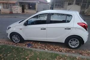 2014 Hyundai I20 2014 Manual Hatchback Cars For Sale In