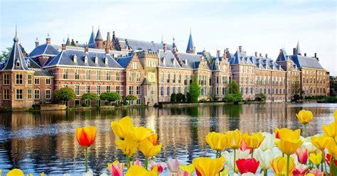 Navigating Netherlands Immigration Law