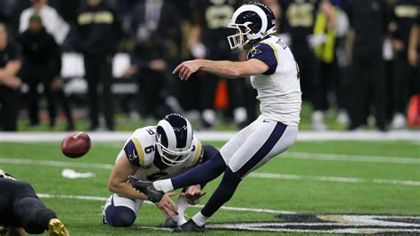 greg zuerlein injury update rams kicker played