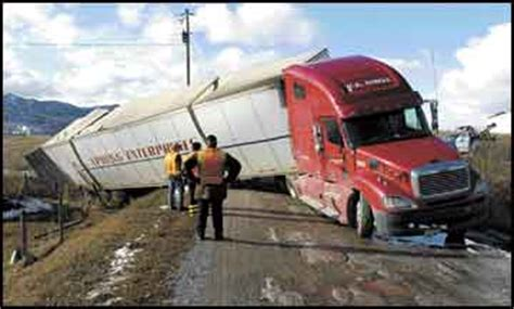 wrong turn tractor trailer driver s misstep turns into daylong event for neighbors tow truck