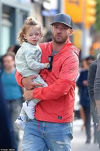 Justin Timberlake Dotes On Son Silas In New York Daily Mail Online