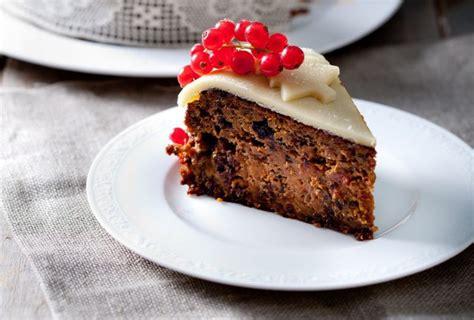 Christmas Cake With Homemade Almond Paste-kiwi Families