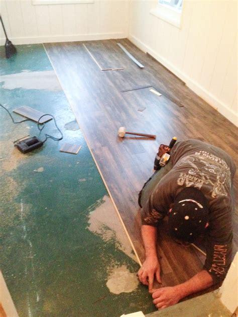 Floorté Vinyl Plank Flooring from Shaw   DIY Show Off
