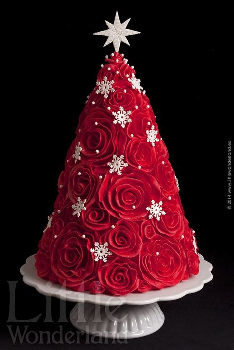 best 25 christmas cake decorations ideas on pinterest christmas cakes fondant christmas cake