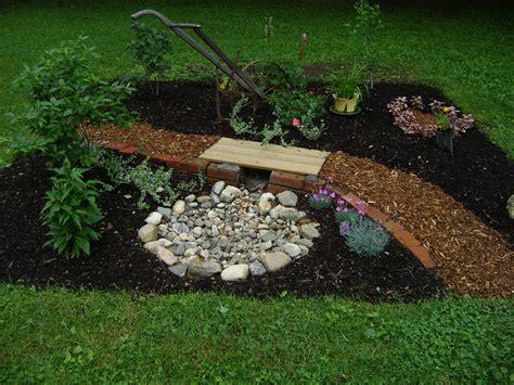 25+ Best Ideas About Prayer Garden On Pinterest