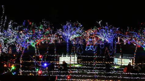 christmas lights coulon park 13 of the best lights in illinois in 2016