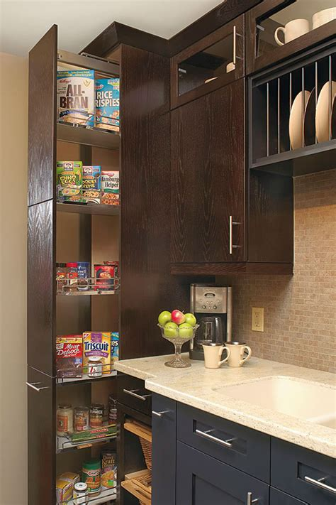 kitchen craft pantry cabinet dispensa pantry cabinet kitchen craft cabinetry