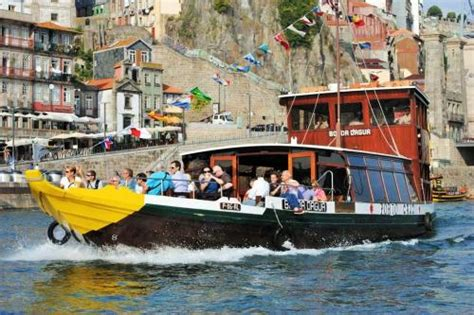 Rabelo Boat Cruise Porto by Cruise Rabelo Boat R 201 Gua Pinh 195 O R 201 Gua Douro Cruises