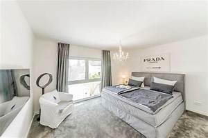 Schlafzimmer mit teppichboden fischerhaus fertigh user for Teppichboden schlafzimmer