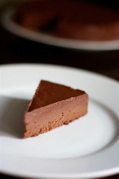 marquise chocolat sans cuisson 17 meilleures id 233 es 224 propos de le fondant sur g 226 teaux fondants guimauve fondante