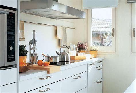 cocinas pequenas  funcionales uno propiedades blog