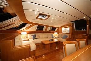 Lovely boat interior design ideas 7 luxury yacht interior for Interior decorating ideas for boats